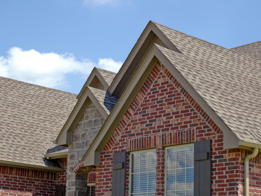 Discover the advantages of asphalt shingles